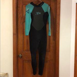 XCEL 3/2 wetsuit size 8